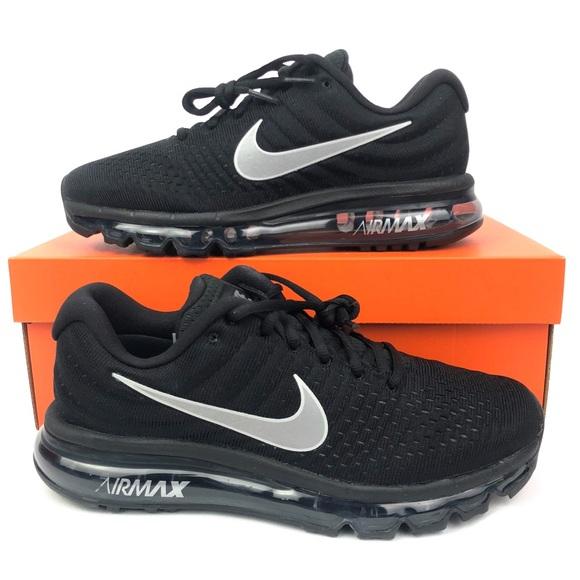 Nike Air Max 2017 Women's sz 9 Black Running Shoes NWT